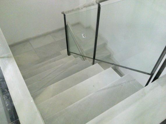 Escalera Pulida Mármol Blanco Macael