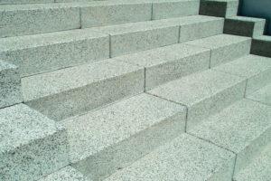 Escalera granito interior